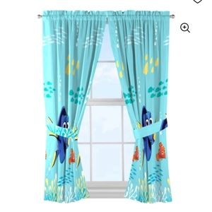 Finding dory curtains(USED)